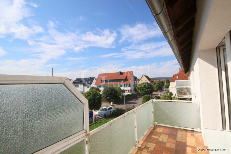 VERMIETET mit Balkon im 1. OG, nahe Leinekauf, - Balkon