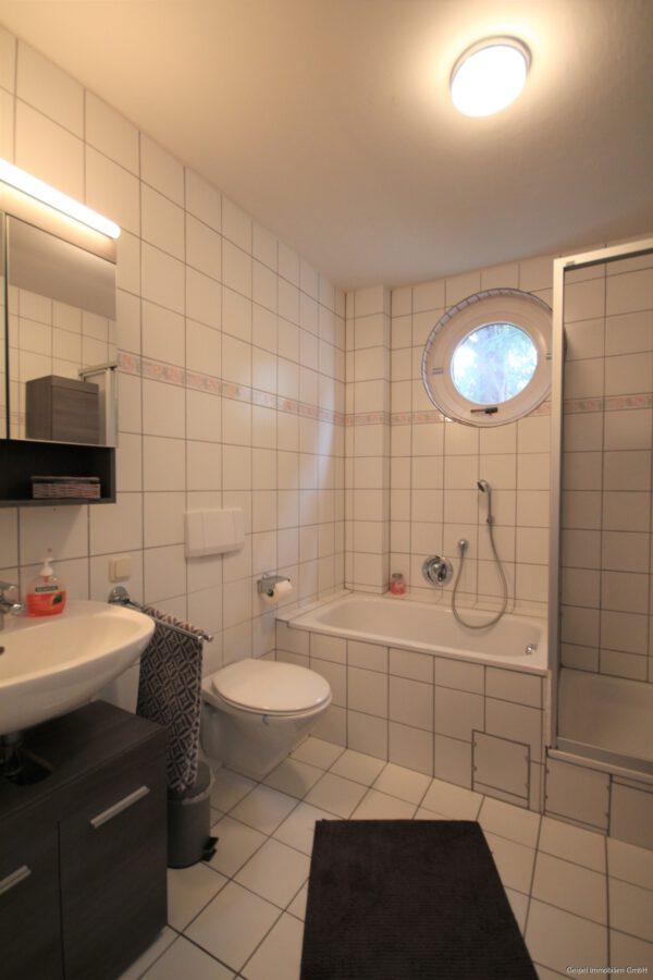 VERMIETET Die besondere Wohnung ! - Bad