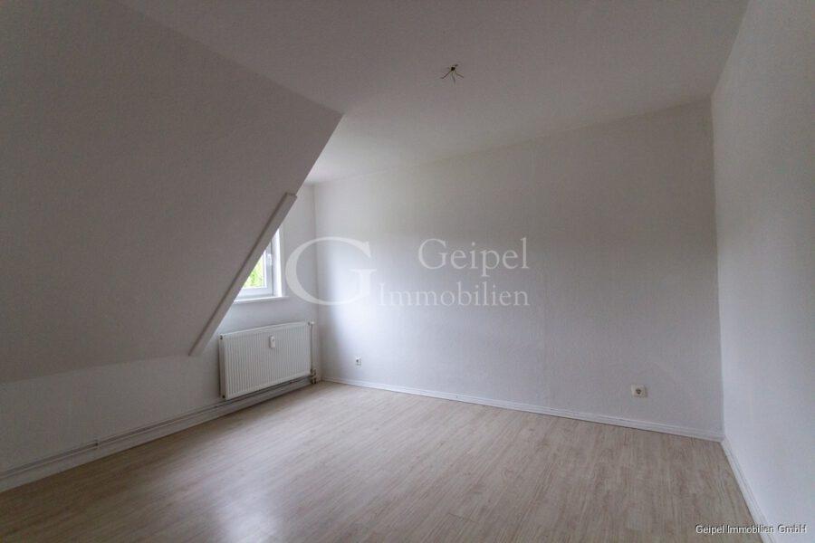 VERMIETET Perfekte Single Wohnung - Zimmer 1