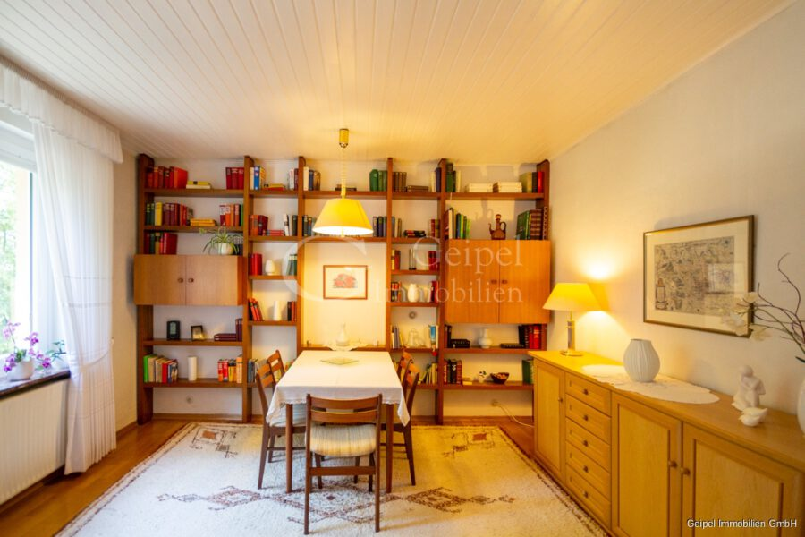 VERMIETET Wohnung mit Treppenlifter - OG - Esszimmer