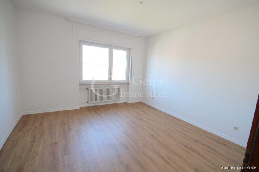 Neuer Fußboden - Aufzug - 1-2 Personen - Schlafzimmer