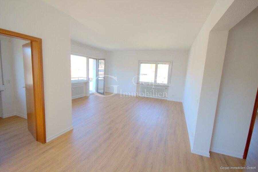 Neuer Fußboden - Aufzug - 1-2 Personen - Essen- Wohnbereich
