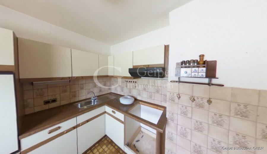 VERKAUFT Günstige Wohnung, Renovierung erforderlich - Küche