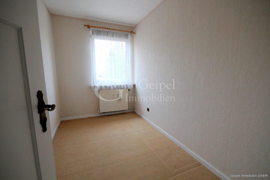 VERKAUFT Günstige Wohnung, Renovierung erforderlich - Kleines Zimmer