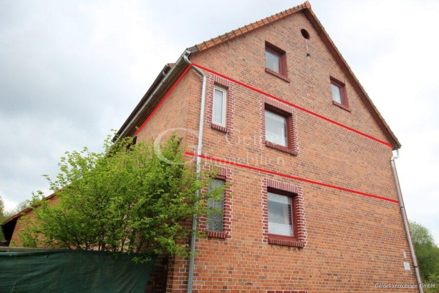 VERKAUFT Günstige Wohnung, Renovierung erforderlich - Seitenansicht