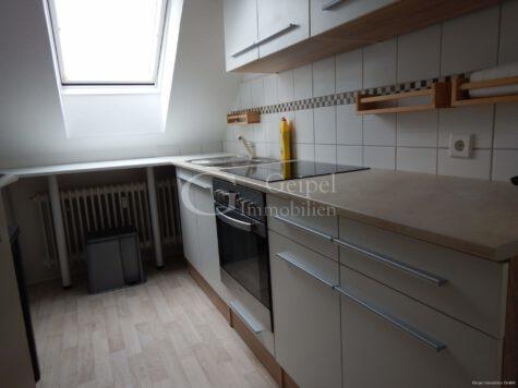 VERMIETET mit Einbauküche, 31061 Alfeld (Leine), Dachgeschosswohnung