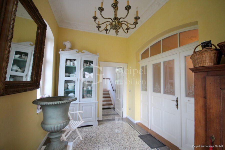 VERMIETET Stilvoll Wohnen - Eingangsbereich