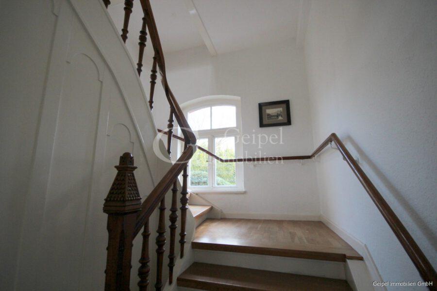 VERMIETET Stilvoll Wohnen - Treppenhaus
