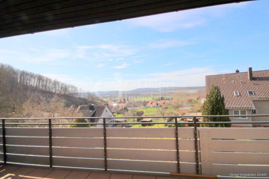 VERMIETET Großes Wohnhaus mit Fernsicht - Blick vom Balkon