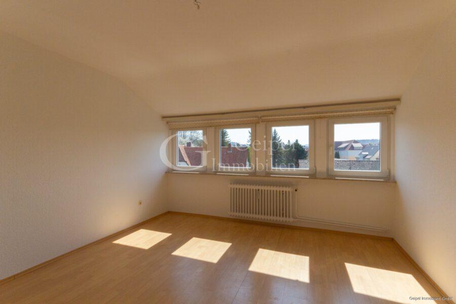 VERMIETET Dachgeschosswohnung in beliebter Lage - Schlafzimmer