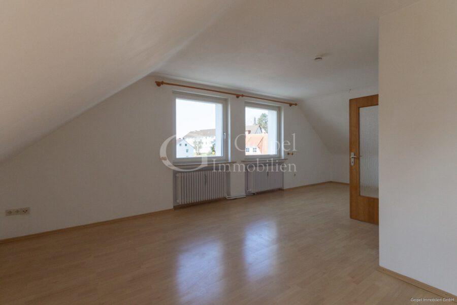 VERMIETET Dachgeschosswohnung in beliebter Lage - Wohnzimmer Bild 3