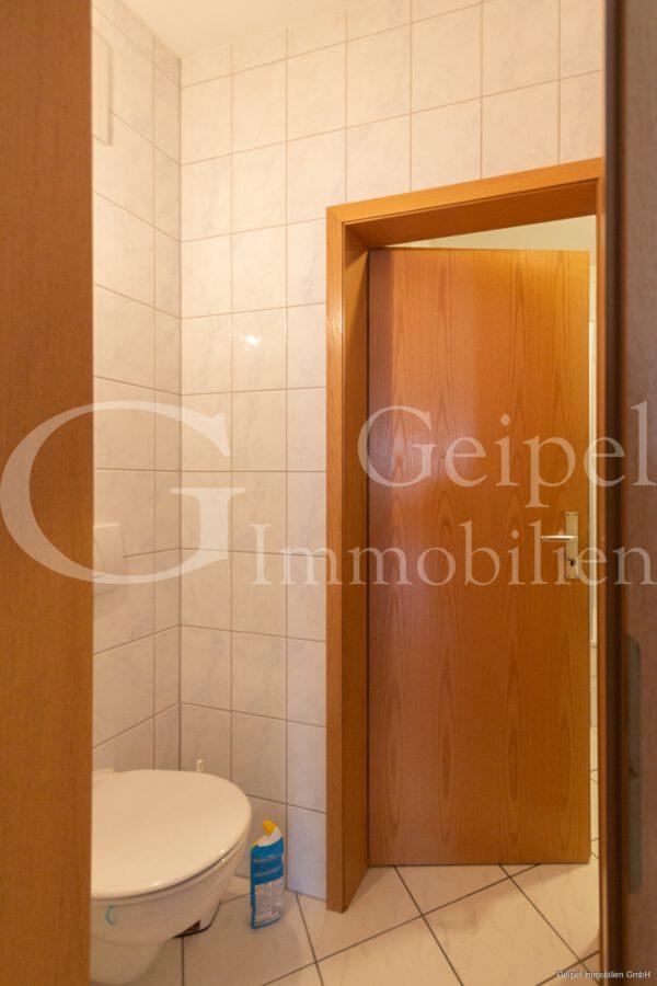 VERMIETET Balkon, Fahrstuhl, Innenstadt - WC