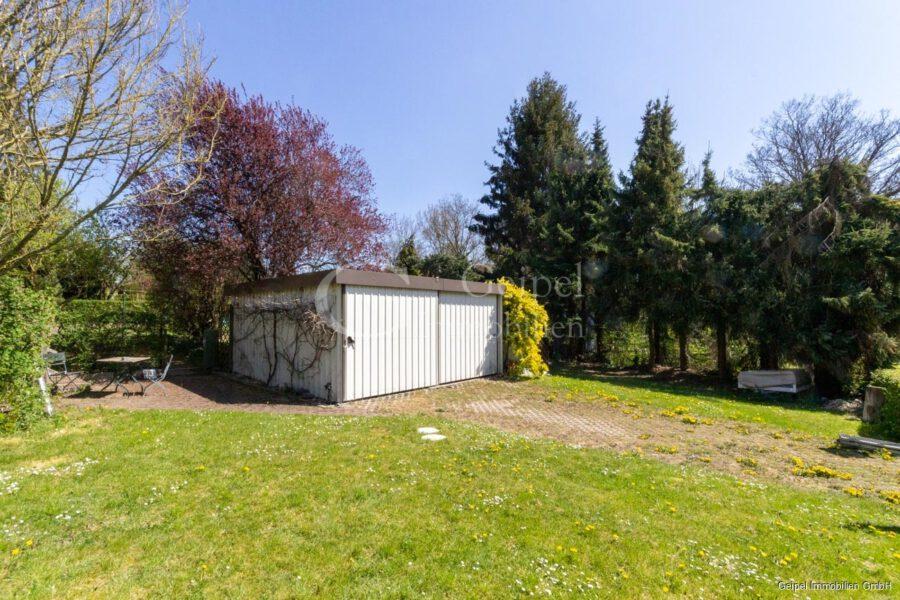 VERKAUFT 1-2 Familienhaus - neue Heizung - Garagen