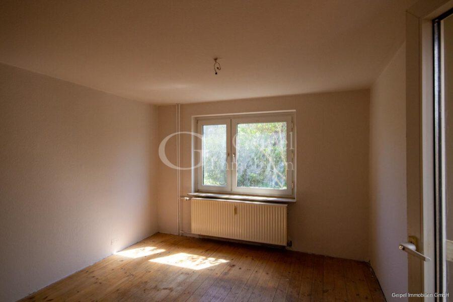 VERKAUFT 1-2 Familienhaus - neue Heizung - EG - Wohnzimmer