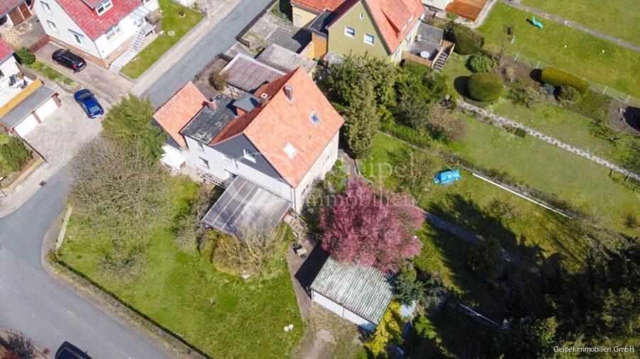 VERKAUFT 1-2 Familienhaus - neue Heizung - Luftbild