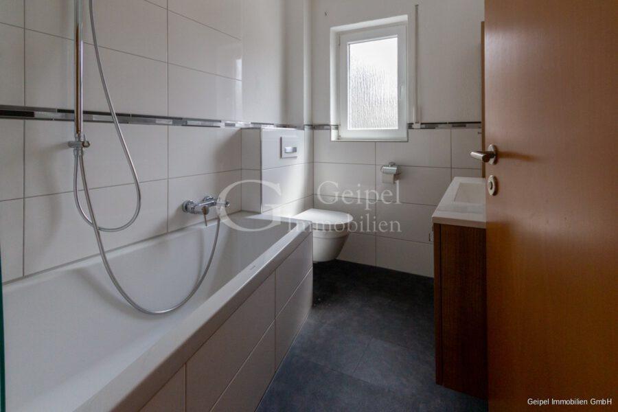 Vermietet - Bad mit Wanne